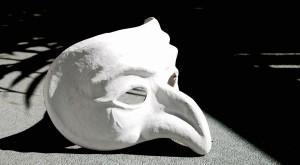 mask-1636121_1280